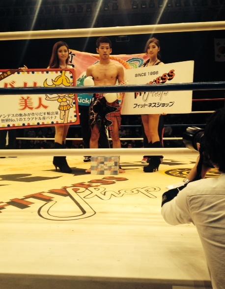 前田選手の勝利後の撮影