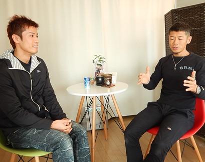 前田選手とストレッチナビさんの取材を受ける